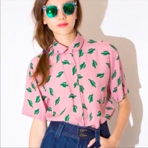 Cactus Top! Perfect buttonup for summer small